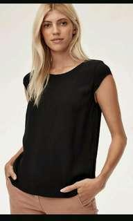 Aritzia Wilfred Free Juliger blouse ( size medium)