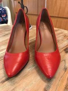 🚚 《二手》專櫃ALDO紅色皮質高跟鞋👠性感 優雅 品味