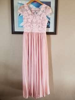 Long pink dress with embroidery