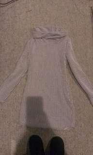 Short long sleeve fitted bodycon dress size small