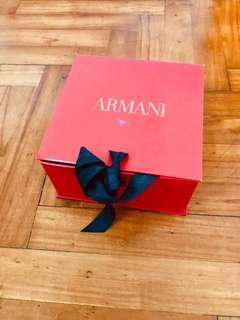 Armani盒