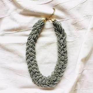 Collar Necklace Gray