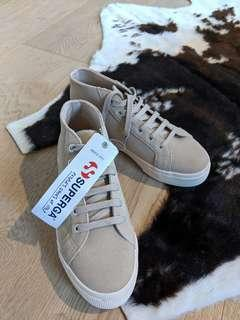 BNWT SUPERGA SUEDE ANKLE SNEAKER 37