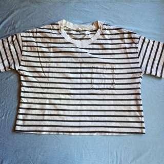White stripe semi-crop top