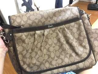 Authentic Coach Messenger Bag with dustbag & Coach tag