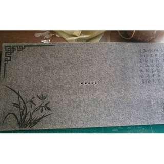 烏金石茶盤 尺寸:30*60*3公分  重量約10公斤 (附茶球水管腳墊)