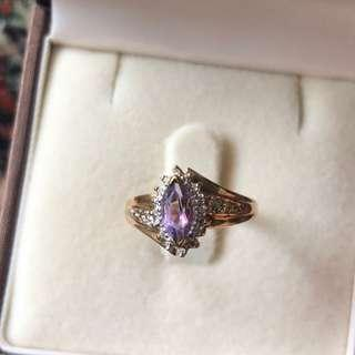 Pretty Estate Diamond 0.50ct Amethyst 10K Yellow Gold Ring