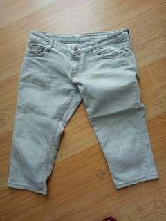 3/4 denim pants