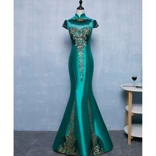 Gown Collection - Elegant Emerald Green Cheongsam Design Mermaid Slim Fit Style Gown