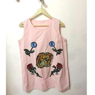 BRANDNEW Sleeveless blouse, size XL, melon color