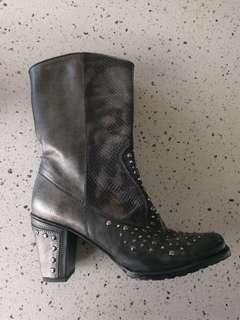 Stuart Weitzman Metallic stud embellished boots sz 36