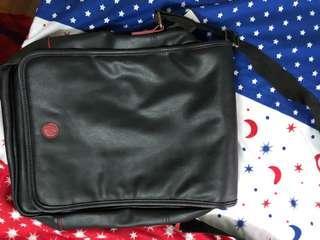 BN sling bag