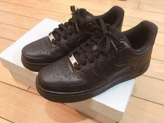 🚚 Nike Air Force 1-black