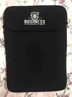 🚚 13-14 Inch Laptop Sleeve (NUS Business School Merchandise)