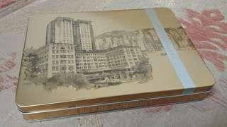 The Peninsula Assorted Dark Chocolate Carres - 15 Pieces 半島酒店 黑朱古力 禮盒 15片 金屬包裝
