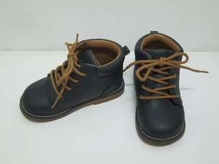 🚚 【親親小舖】H&M 15cm 童鞋 皮鞋 靴子 高筒 正式鞋子 花童 藍色 公分 小 中童 US7.5  EUR24
