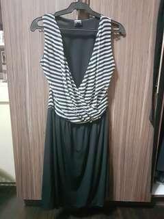 Blanc et noir striped dress