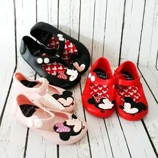 Sepatu sandal jelly mickey