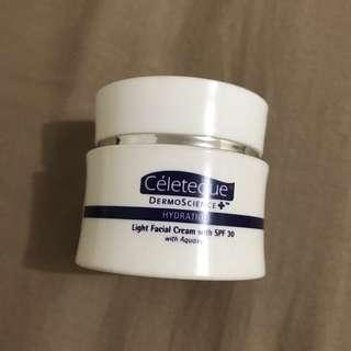 Light facial cream spf 30