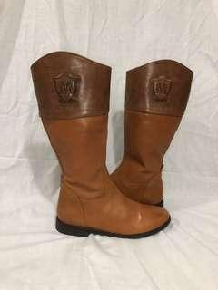 massimo dutti Caramel brown logo tall leather riding boots size 36