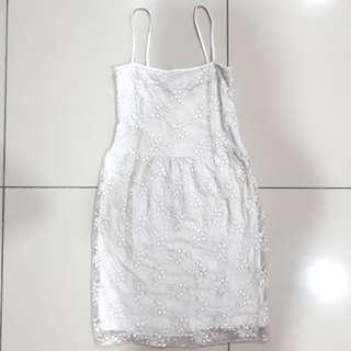 UK12 White Lace sleeveless dress