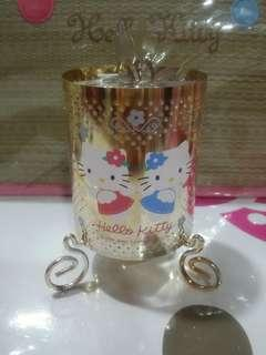 Kitty spinning candle holder