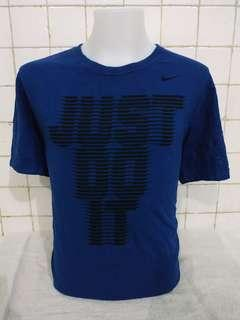 Nike tshirt