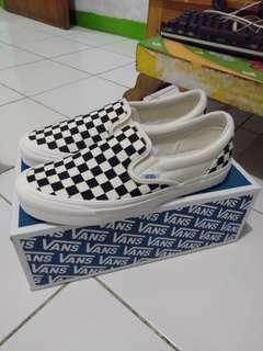 VANS Checkerboard OG Vault Slip On