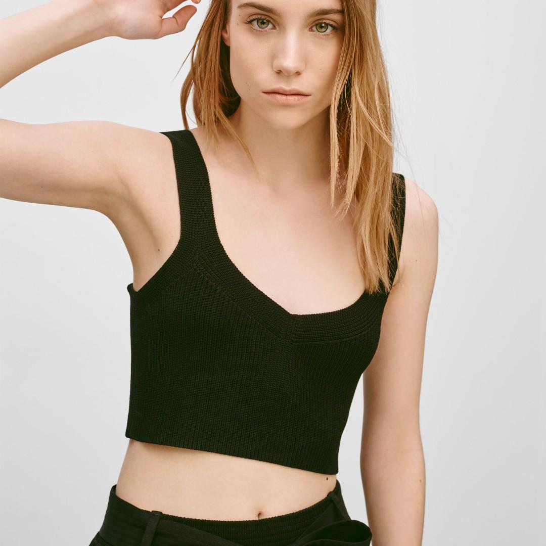 Aritzia Wilfred Mony Crop knit tank top xs