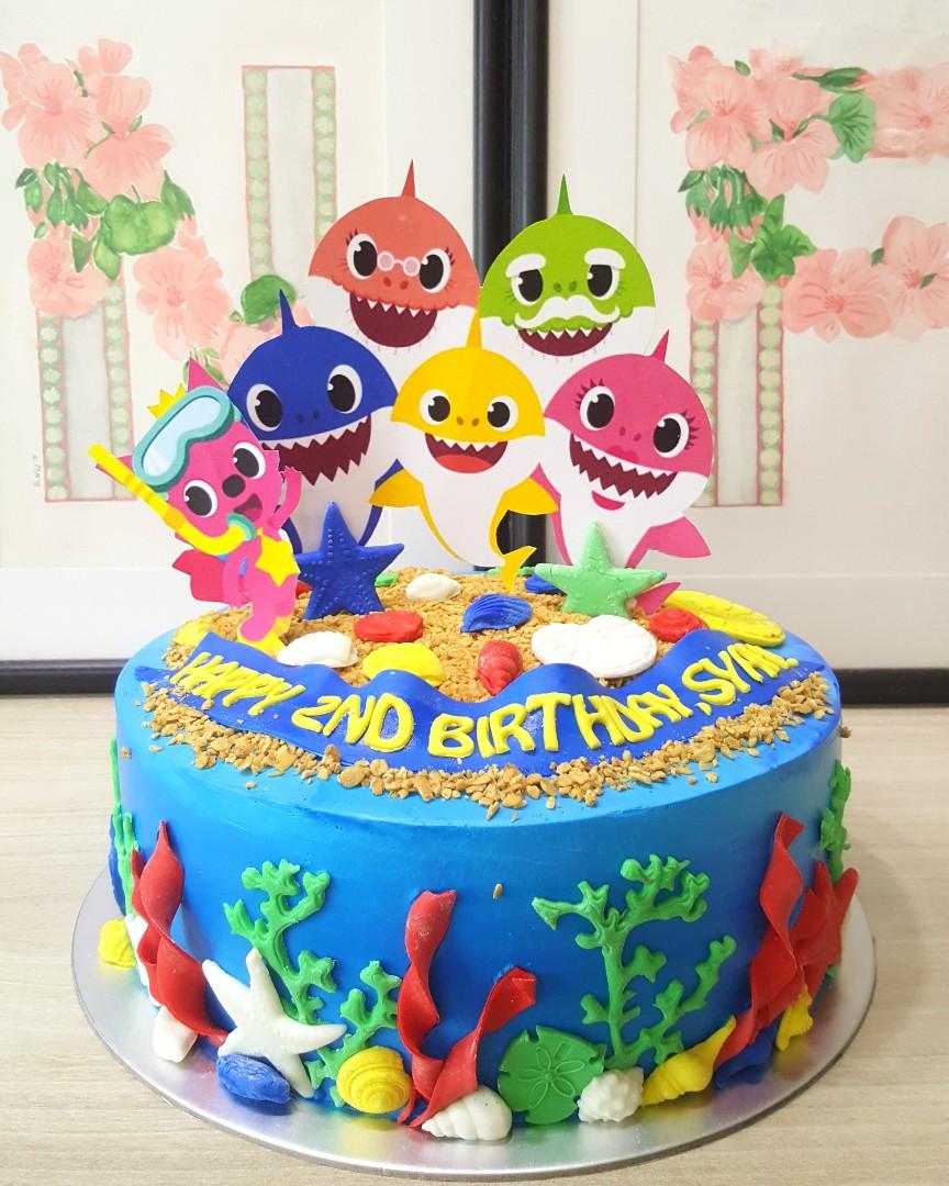 Baby shark cake, Food & Drinks, Baked Goods on Carousell