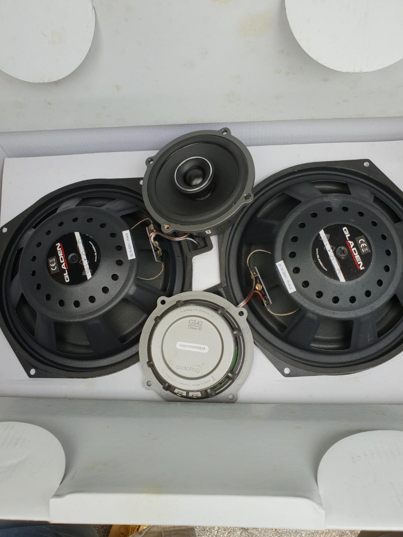 BMW 216d speaker upgrade •Audiofrog & Gladen Speakers•, Car