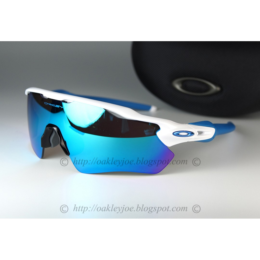 2b5c5ade8d BNIB Oakley Custom Radar EV polished white + sapphire + blue icon + ...