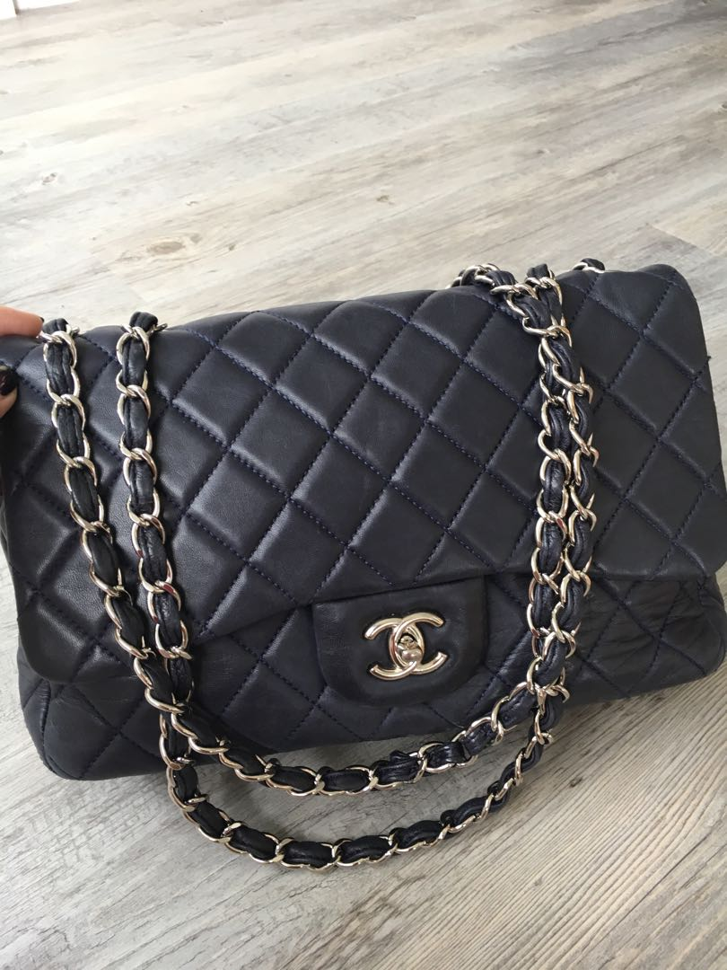 7f440691fb7 CHANEL navy blue calf leather bag