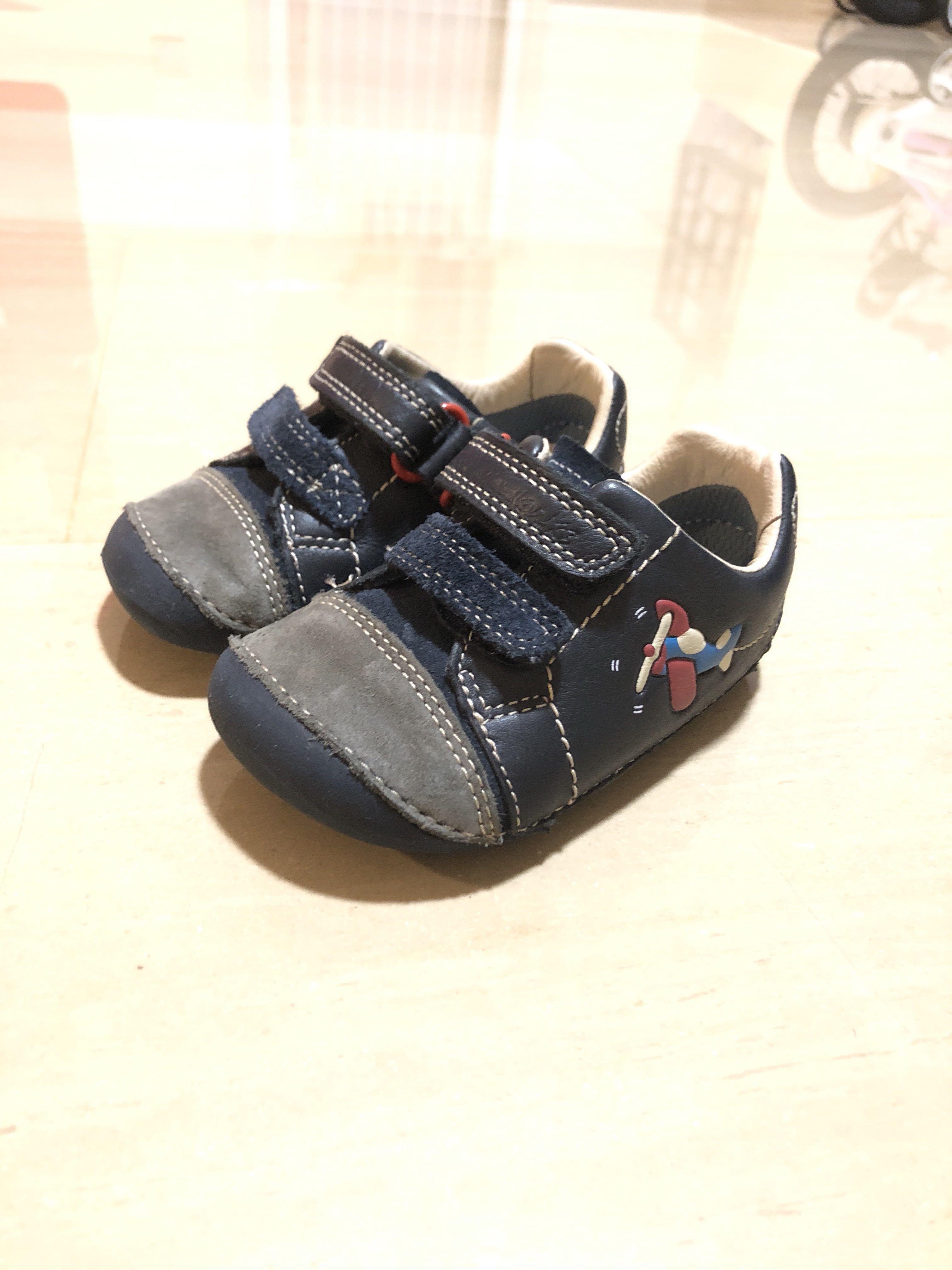 f1f55bc421c Clarks First Shoes (Size 4.5G Wide)