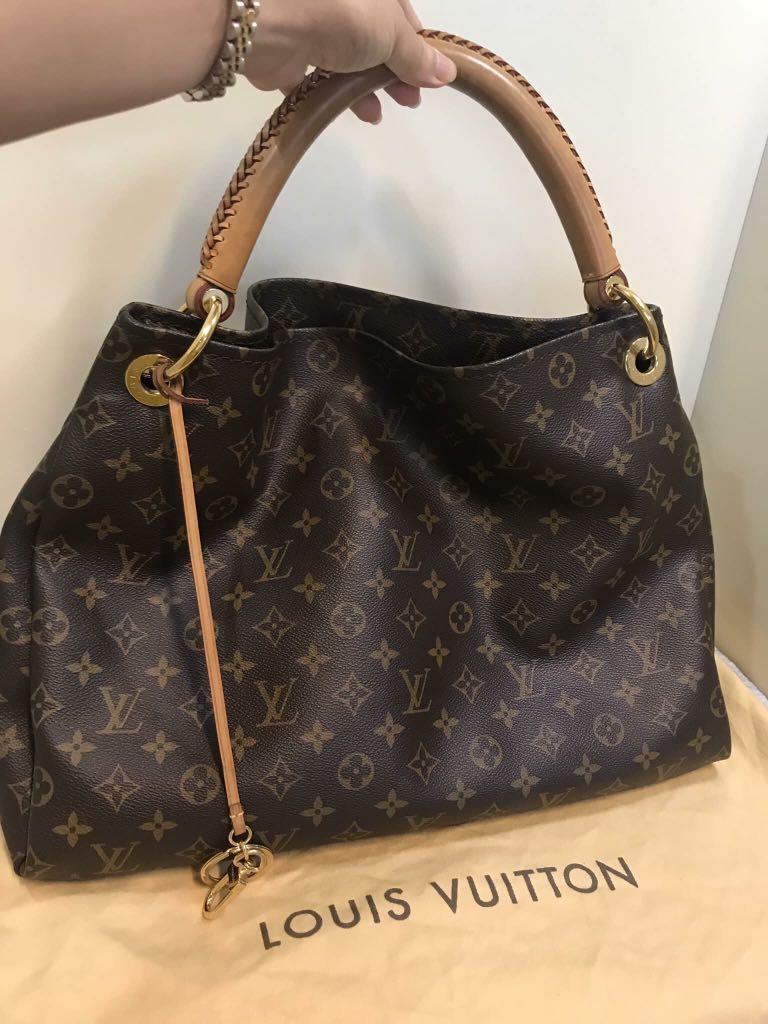 9fd6249b20ae Louis Vuitton Artsy MM, Luxury, Bags & Wallets, Handbags on Carousell