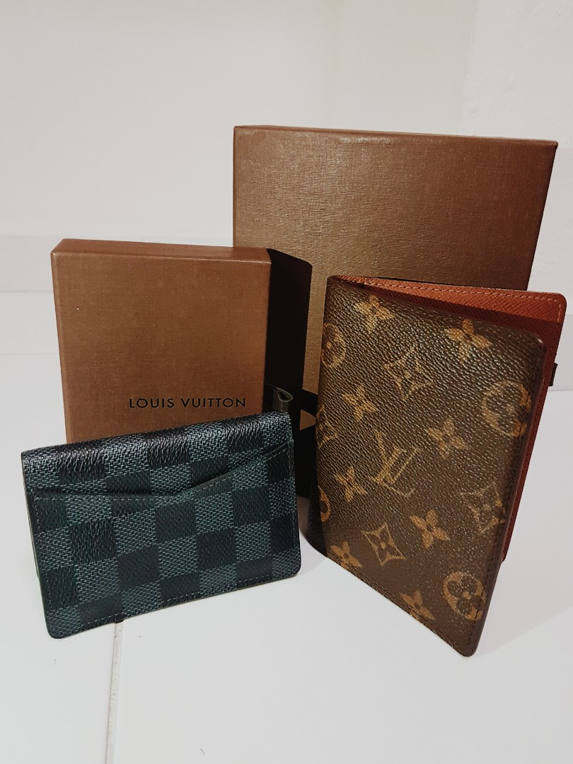 460c64ad3fb6 Louis Vuitton Passport   Card holder