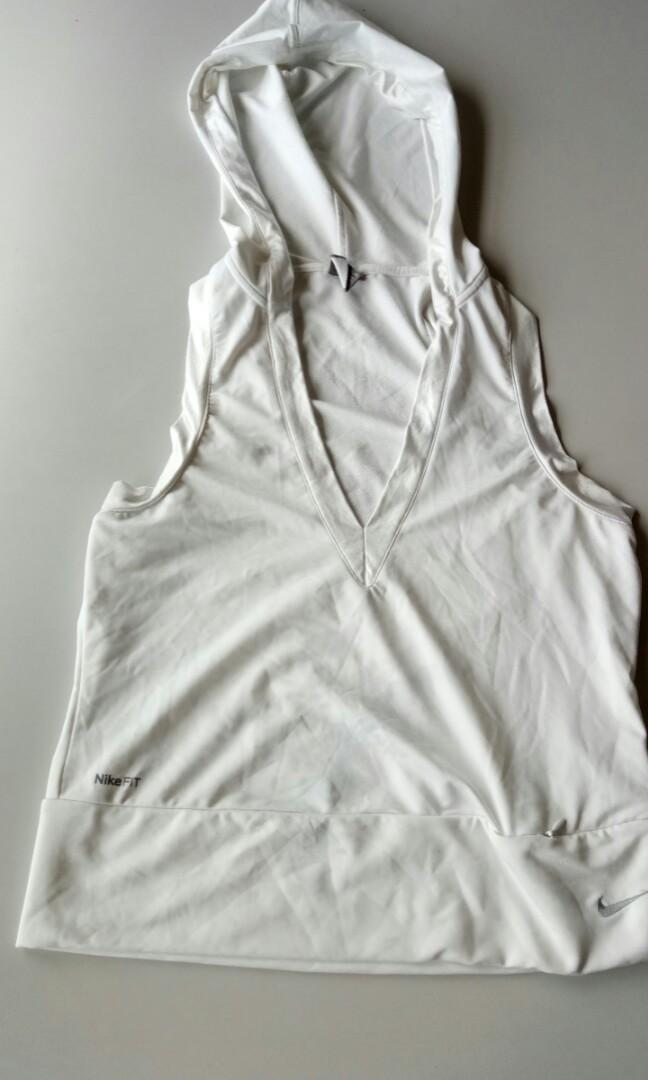 Nike quickdry workout top
