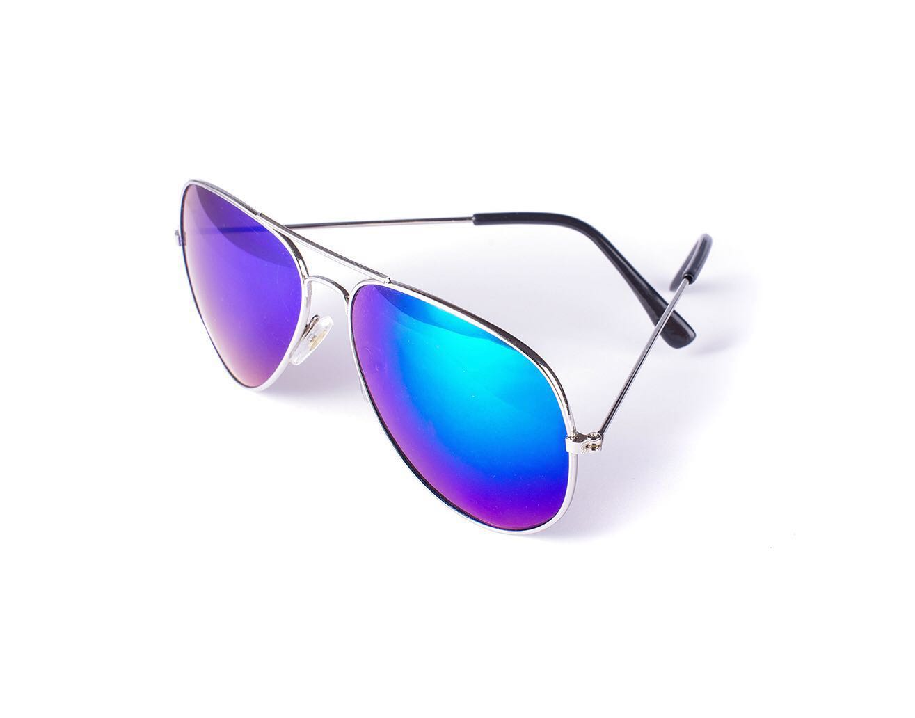 b92cbf12b635 Silver Sunglasses with Mirrored Lens