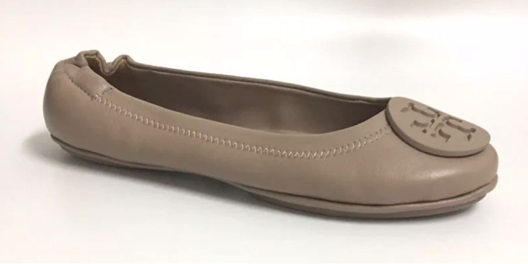 f1683eded169 Tory Burch flat, Women's Fashion, Shoes, Flats & Sandals on Carousell