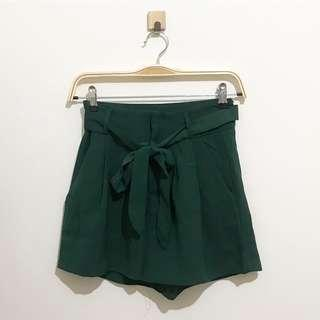 Miss valley green shorts