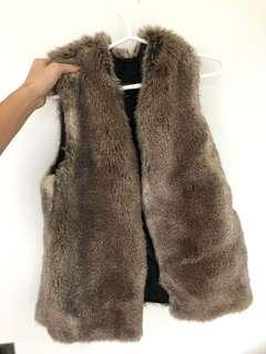 Aritzia Fur Vest size s