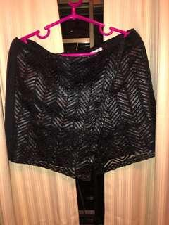 Woman skirt [SF only]