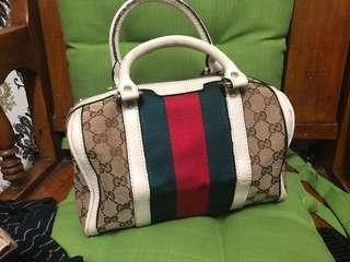 Preloved gucci boston bag