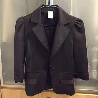 Black Mid-sleeve Blazer With Ribbon on back