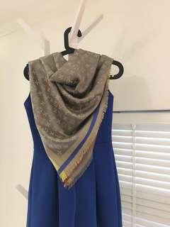 LV雙面圍巾披肩