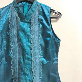 Mandarin collared turquoise lace top