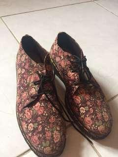 DOCMART SHOES