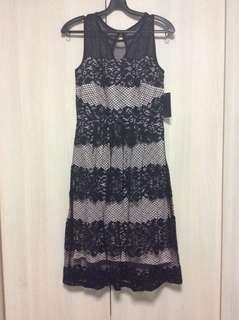 🚚 BNWT black lacy dress