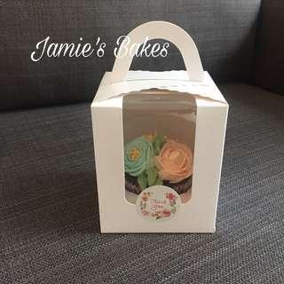 Cupcake box white (includes single cupcake insert) Instock!