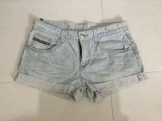 Sexy denim short